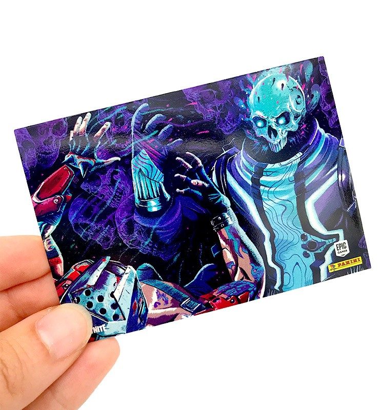 Fortnite Reloaded Trading Cards - Beispiel für Special Cards - Poster Cards mit Rainbow Foil Oberfläche