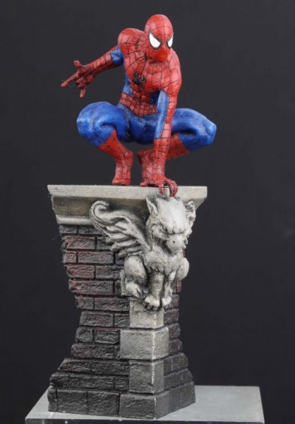 Marvel-Figur: Spider-Man/Dach (Big Spezial)