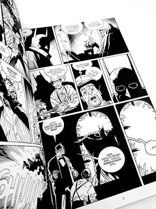 https://paninishop.de/media/image/56/97/43/batman-noir-gotham-by-gaslight-blick-in-den-comic-3YjMzTZF2lk2SR_600x600@2x.jpg